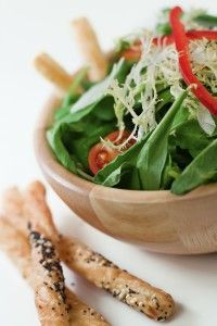 The Academy of Nutrition and Dietetics offers some excellent tips for building delicious and nutritious salads. Try one today! Pack more nutrition into your day with a colorful main dish or side sa… Nutrition And Dietetics, Eat Right, Seaweed Salad, Main Dishes, Salads, Meat, Chicken, Dinner, Ethnic Recipes