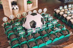 Hoje tem Festa Futebol no blog!Venha se inspirar, a Copa do Mundo esta chegando!!!Imagens do blog Craft Room by Fê.Lindas ideias e muita inspiração.Bjs, Fabíola Teles.Mais ideias lindas: Craft ...