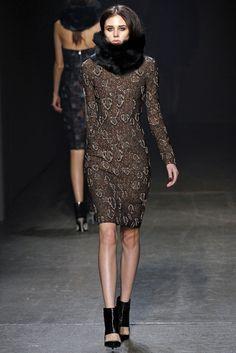 Yigal Azrouël Fall 2013 Ready-to-Wear Fashion Show - Kadriana Kodryanu