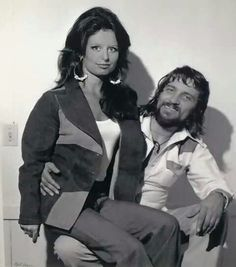 Waylon Jennings and Jessi Colter / / For more country inspirations, visit www.broncobills.co.uk