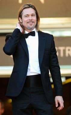 """Brad Pitt wearing Balenciaga for the """"Killing Them Softly"""" Premiere during the Annual Cannes Film Festival at Palais des Festivals on May 2012 in Cannes, France. Angelina Jolie, Brad And Angelina, Ideal Man, Perfect Man, Jennifer Aniston, Oklahoma, Palais Des Festivals, Most Beautiful Man, Gorgeous Men"""