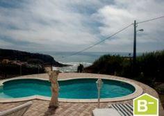Moradia vista de mar  situada em condomínio privado   Praia de Porto Dinheiro   Ribamar