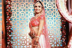 Prettiest Actresses, Beautiful Actresses, Love You A Lot, My Love, Beautiful Smile, Most Beautiful, Tashan E Ishq, Dressing Sense, Sari