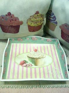 Cupcake Wooden Tray