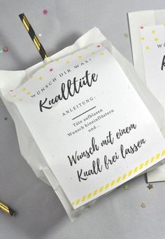 Knalltüte DIY-Idee für die Silvesterparty – little. Perfect DIY for the New Year's party: the firecracker is easy Silvester Diy, Ideias Diy, Wine Bottle Crafts, Party Bags, Free Prints, New Years Eve Party, Stampin Up, Diy Hacks, Diy Party
