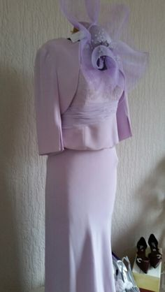 Beautiful mother of the bride outfit. Bridal Suite, Formal Dresses, Wedding Dresses, Mother Of The Bride, Wedding Accessories, Peplum Dress, Outfits, Beautiful, Fashion