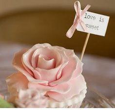 """vintage cupcakes """"love is sweet"""" Cupcake Vintage, Vintage Wedding Cupcakes, Wedding Cakes With Cupcakes, Cupcake Wedding, Vintage Cakes, Wedding Desserts, Vintage Tea, Cupcake Rose, Cupcake Party"""