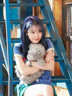 She's my baby 👶 Iu Fashion, Korean Fashion, Cute Korean Girl, Asian Girl, Korean Beauty, Asian Beauty, Korean Actresses, Korean Celebrities, Ulzzang Girl