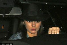 Kendall Jenner Goes Makeup Free In New Photos