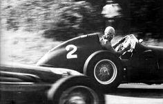Ascari fending off Fangio