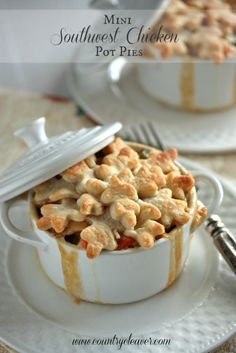 Mini Southwest Chicken Pot Pies - Perfect for left over chicken or turkey! And who doesn't love pot pie!