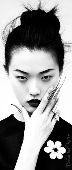 Regilla ⚜ Tian Yi photographed by Oliver Stalmans for Elle