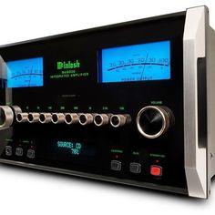 I have the mighty McIntosh Labs MA8000 heading my way for reviewing here at The Speaker Shack with its 300watts of all american muscle, cannot wait to get my hands on this giant #TheSpeakerShack #McIntoshLabs #Amplifiers #Audio #HighEnd #Music