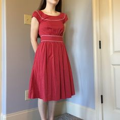 Red & white midi dress Retro/ vintage inspired red and white dotted dress from modcloth. Never worn! Has zipper and 2 buttons in the back. Size 2 (XS). Feel free to ask me questions! ModCloth Dresses Midi
