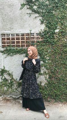 Modest Fashion Hijab, Modern Hijab Fashion, Casual Hijab Outfit, Hijab Fashion Inspiration, Ootd Hijab, Hijab Chic, Muslim Fashion, Girl Hijab, Blouse Outfit