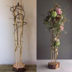 Art Floral, Deco Floral, Floral Design, Easter Flower Arrangements, Creative Flower Arrangements, Floral Arrangements, Contemporary Flower Arrangements, Memorial Flowers, Flower Festival