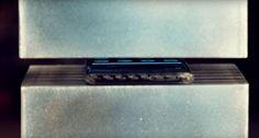 (VIDEO) Au bagat un Samsung Galaxy S7 Edge intr-o presa hidraulica ! Vezi  pe Cloe.ro