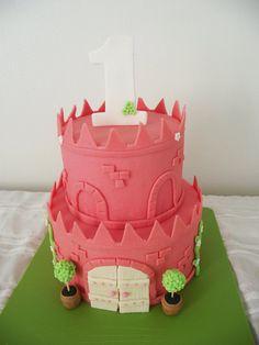 castle cake so sweet