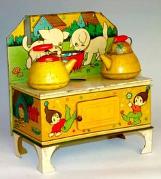 retro toy I have this on my vintage childrens board, but if I owned this I would display it in my own kitchen somehow! Vintage Tins, Vintage Dolls, Vintage Antiques, Vintage Stove, Metal Toys, Tin Toys, Children's Toys, Toy Kitchen, Christmas Toys