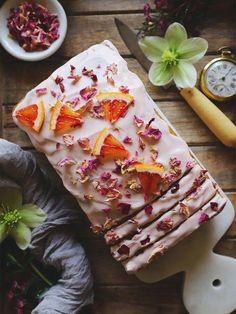 Rose Cardamom and Blood Orange Loaf Cake - Homegrown Provisions Cardamom Rose and Blood Orange Loaf Just Desserts, Dessert Recipes, Brunch Recipes, Healthy Cake Recipes, Party Recipes, Salad Recipes, Healthy Food, Orange Sanguine, Loaf Cake