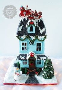 Fondant Christmas Tree and Shrubs Tutorial on Cake Central