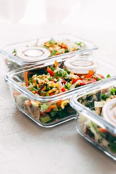 Chopped Thai Chicken Salad with Skinny Peanut Dressing (Meal Prep) - Learn how to prep an easy Thai chicken salad for your weekly lunches! So good and so skinny! #mealprep #choppedthaisalad #chickensalad #thaisalad   Littlespicejar.com