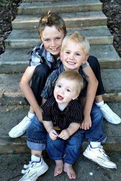 Can't wait for Liam to be here so we can do photo shoots of our 3 perfect little men<3