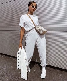 d662b255 #melanin #fashion #style #outfits White Shoes Outfit, White Outfits, Casual