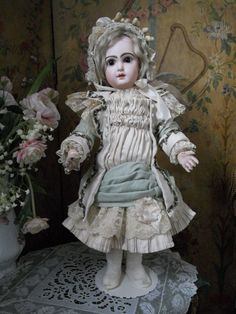 ~~~ Pretty French Silk and Wool BeBe Costume with Fine Bonnet ~~~