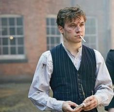 Michael Gray... #Gray #Michael Series Movies, Tv Series, Movies And Tv Shows, Peaky Blinders Series, Michael Peaky Blinders, Miss Fisher, Alfie Solomons, Finn Cole, Red Right Hand