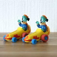 Roquet belles oreilles voiture ensemble de 2, Roquet Mcdonald, Cadeau enfant, Cadeau retro, Joyeux Festin, Cadeau noel, 80stvshow de la boutique PastelEtPixel sur Etsy Mcdonald, Rubber Duck, Vintage Toys, Boutique, Etsy, Happy Feast Day, Ears, Toy, Automobile