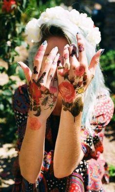 Çiçek-Desenli-Dövme-Modelleri-