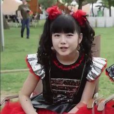 — niameless: Yui being Yui ♡ Kanagawa Prefecture, Metal Girl, Kpop Groups, My Boys, My Photos, Dancer, Idol, Actresses, Tokyo