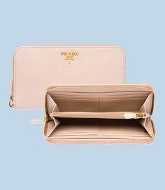 Niceeeeee Cameo Saffiano Leather Wallet from Prada...  RM1300