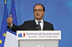 """France favours a """"stronger organisation"""" behind the euro led by """"a vanguard of countries"""", French President Francois Hollande said in an interview published on July 19."""