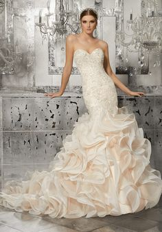 Glamorous Mermaid Wedding Gown Featuring Crystal Beaded 2a7873596722