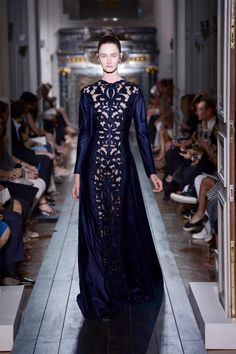Haute Couture Fashion Week: Valentino Autumn 2012 collection