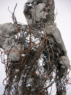 Robert Michael Jones is a sculptor figures are reinvented as temporal beings that do not stand still in time but move through it. Jones creates dynamic relationships between the raw material and form of each sculpture. Human Sculpture, Abstract Sculpture, Sculpture Art, Sculptures, Trash Art, Mixed Media Sculpture, Weird Art, Art Portfolio, Metal Fabrication