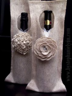 Favors? Make a No Sew Felt Wine Bag / Wrap {An Inexpensive Hostess Gift}  With the holiday season upon us and lots of fabulous parties to attend - here is a simple and quick way to dress up a bottle of wine for the hostess! {Seriously - you can make this in just a few minutes while ironing your party outfit and pick up a bottle of bubbly on your way to the get-together}