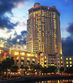 Grand Copthorne Waterfront Hotel  - http://www.reservehotelsingapore.com/grand-copthorne-waterfront-hotel/