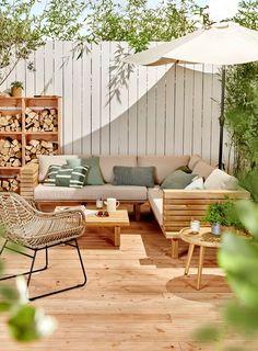 Outdoor Garden Furniture - Outdoor Living & Home Furnishing Diy Garden Furniture, Outdoor Furniture Sets, Outdoor Decor, Furniture Ideas, Barbie Furniture, Furniture Design, Antique Furniture, House Furniture, Outdoor Patios