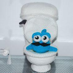 Kim Lapsley Crochets: Walter the Blue Fish Free Pattern HAHAHA!! LOVE THIS ONE!