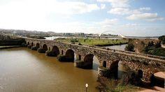 Puente romano de Mérida, considerado el más largo de la antigüedad. Mérida, Badajoz, Extremadura, Spain