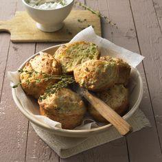 5 ProPoints // 5 SmartPoints            Zubereitungsdauer: 20 min  Garzeit: 30 min  Weitere Zeit: 0 min    Portionen: 12        Herzhafte Muffins? Das solltest du probieren! Durch den Broccoli und das Chili bekommen die kleinen Küchlein ihren ganz besonderen Geschmack und eine schöne