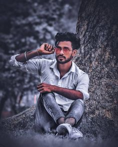 Image may contain: 1 person, beard and outdoor Studio Background Images, Dslr Background Images, Best Photo Background, Best Free Lightroom Presets, Lightroom Presets For Portraits, Photo Pose For Man, Mens Photoshoot Poses, Photoshop Images, Photography Poses For Men
