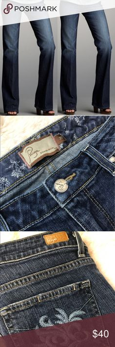"""🆕✨LIke NEW Paige Hollywood hills jeans size 30✨ Paige hollywood hills jeans size30 ✨size 30 ✨ inseam 32"""" ✨ cut 201478 