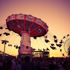 Carnival. Perfect summer fun with friends or a cute date with your boyfriend!