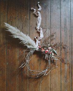 Seasonal Flowers, Grow Your Own, Christmas Countdown, Cut Flowers, Sorting, Grapevine Wreath, Grape Vines, Christmas Wreaths, December