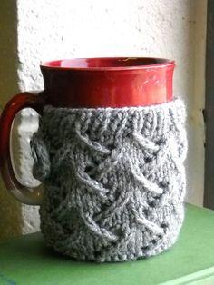 Free Knitting Pattern - Cozies: Spring Wind Mug Sweater