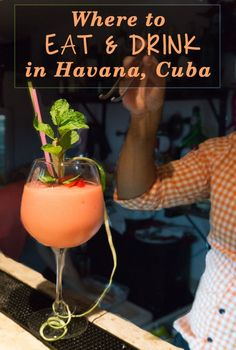 to Eat and Drink in Havana, Cuba + Cuban Food to Order! Where to Eat and Drink in Havana, Cuba – and what to order!Where to Eat and Drink in Havana, Cuba – and what to order! Varadero, Places To Eat, Places To Travel, Vinales, Viva Cuba, Going To Cuba, Havana Nights, Cuba Travel, Solo Travel